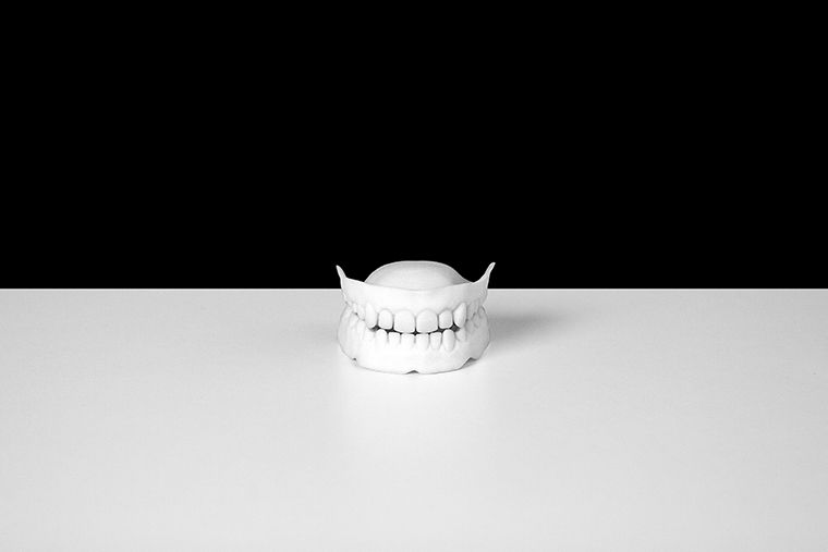 Dentures, 2010. Noam Toran and Onkar Kular. Photo: Diego Trujillo. Courtesy of the artists.