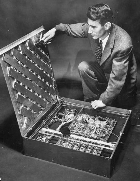Claude Shannon's Maze Solving Mouse